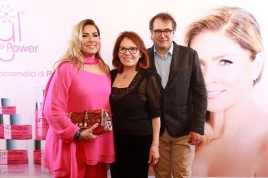 Romina Power con Valeria Fabrizi e Yari Carrisi