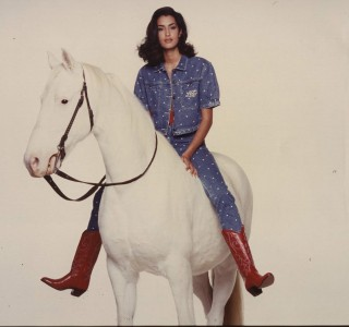 Laura-Biagiotti-1988-Jasmin-Gauri