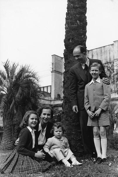 Patellani , La famiglia Savoia fotografata in occasione del referendum monarchia-repubblica, Roma 1946
