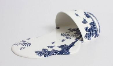 Livia Marin, Nomad Patterns (I), 2015, ceramica, resina, gesso, transfer-print, 25x16x6,5 cm, Liquid Art System /Capri / Positano / Istanbul / Londra