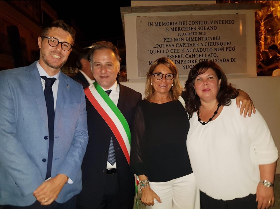 Unione Nazionale Vittime a Palagonia inaugurazione della piazza a nome dei coniugi Solano