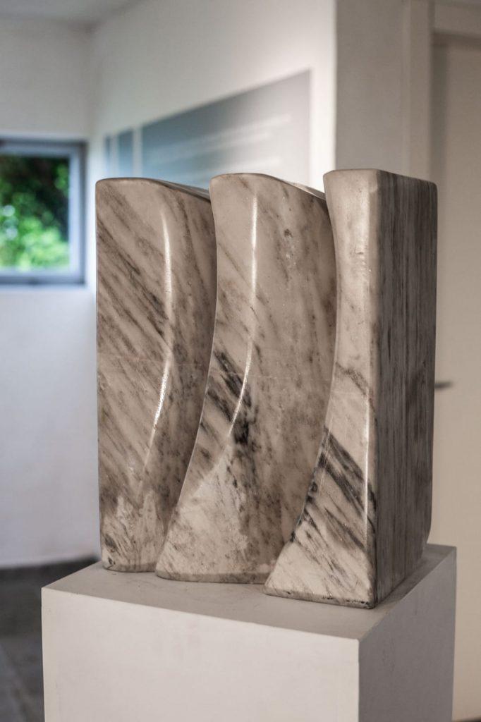 Vincenzo Lo Sasso - veduta della mostra alla Fondazione Sangregorio Giancarlo
