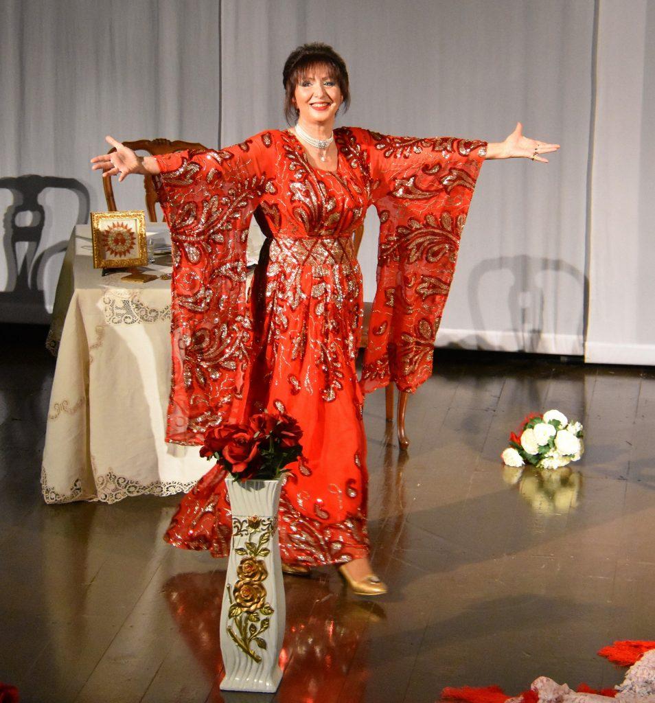 """Ardente di passione era il Vate e donna di passione Daniela Musini, che all'Aurum di Pescara andrà in scena con il recital """"Vivere Ardendo"""""""