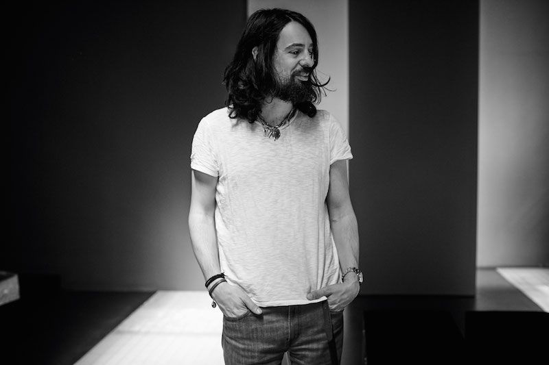 Alessandro_Michele_portrait__1739_low_Courtesy-of-Ronan-Gallagher-for-Gucci