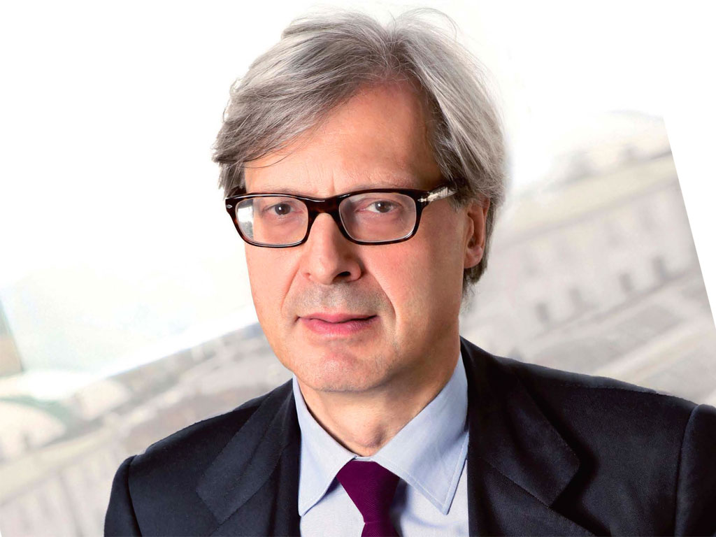 Opere false spacciate per vere, indagato Vittorio Sgarbi