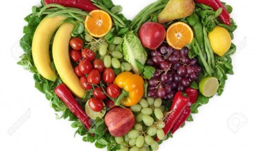 9766086-Heart-of-fruits-and-vegetables-Stock-Photo-heart-food-healthy