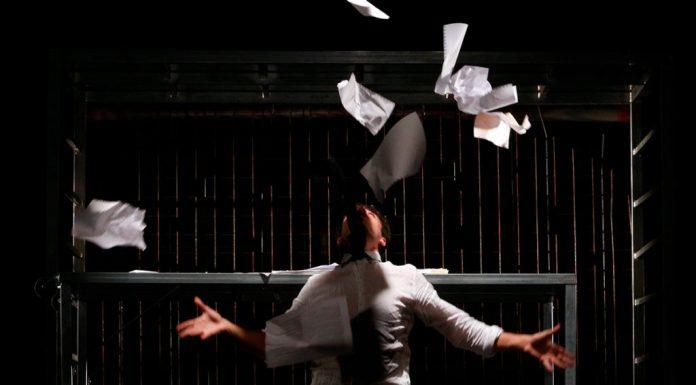 """All'OFF/OFF Theatre di Roma """"Condannato a morte"""", scritto e diretto da Davide Sacco, ispirato al romanzo """"L'ultimo giorno di un condannato a morte"""" di Victor Hugo"""