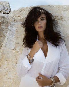 Intervista OFF a Maria Grazia Cucinotta