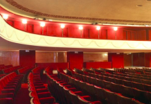 """""""Quella sera a teatro col Cav e Cairo per svegliare il teatro italiano.."""""""