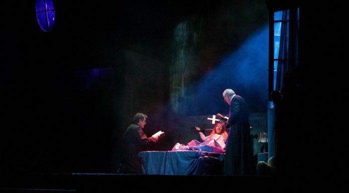 """""""L'esorcista"""" a teato diretto da Alberto Ferrari"""