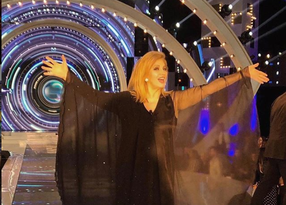 Iva Zanicchi ha lasciato un segno indelebile nella storia dello spettacolo di questo Paese: una carriera straordinaria che non si è fermata alla musica