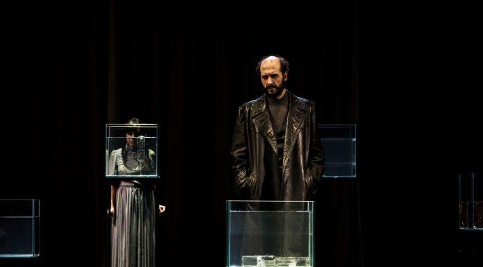 Teatro i propone una progettualità artistica intimamente legata alla società ed alla sua storia